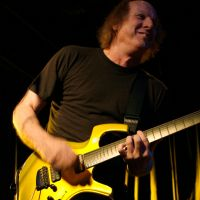 Billet Adrian Belew Power Trio