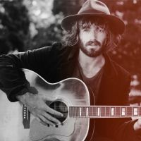 Buy your Angus Stone tickets