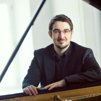 Buy your Charles-Richard Hamelin tickets