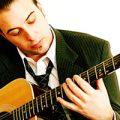 Hugo Lapointe - Mon arc est une guitare