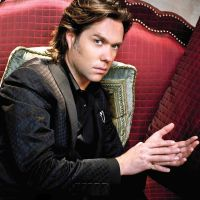 Buy your Rufus Wainwright tickets