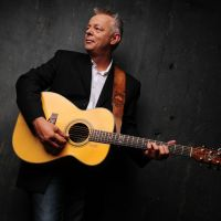 Buy your Tommy Emmanuel tickets